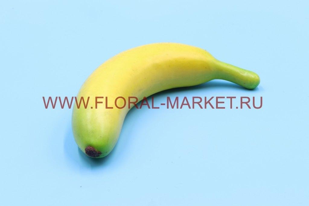 Фрукты крупные банан 1