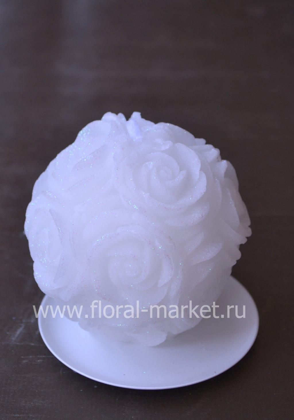 С3382 Свеча шар в розах белый бархатный