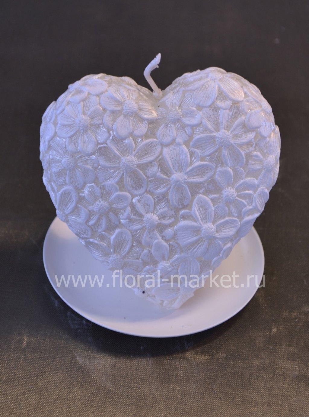 С0566 Сердце цветочное белое