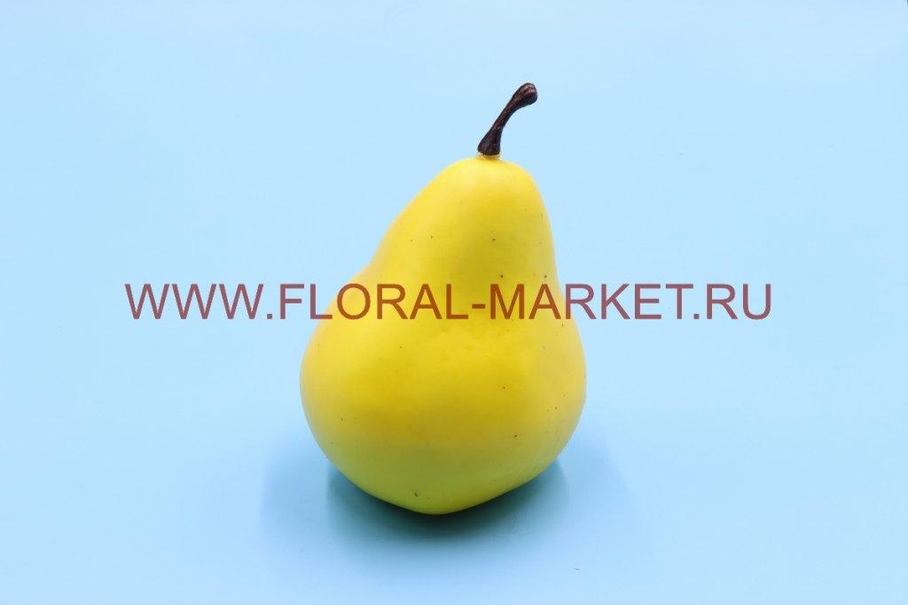 Фрукты крупные груша желтая1