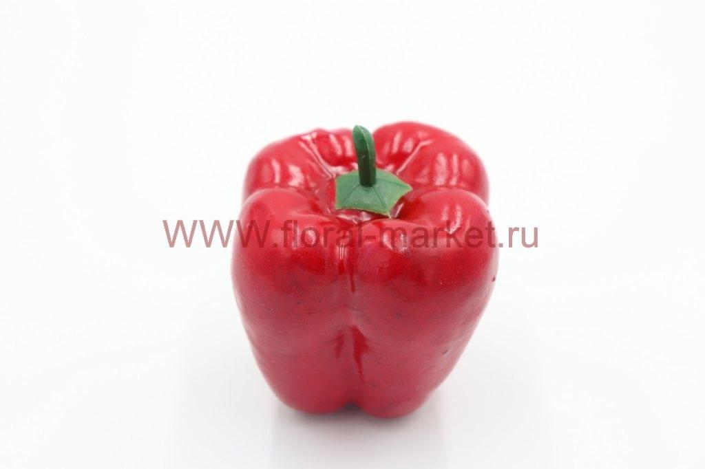 Фрукты крупные Болгарский перец красный