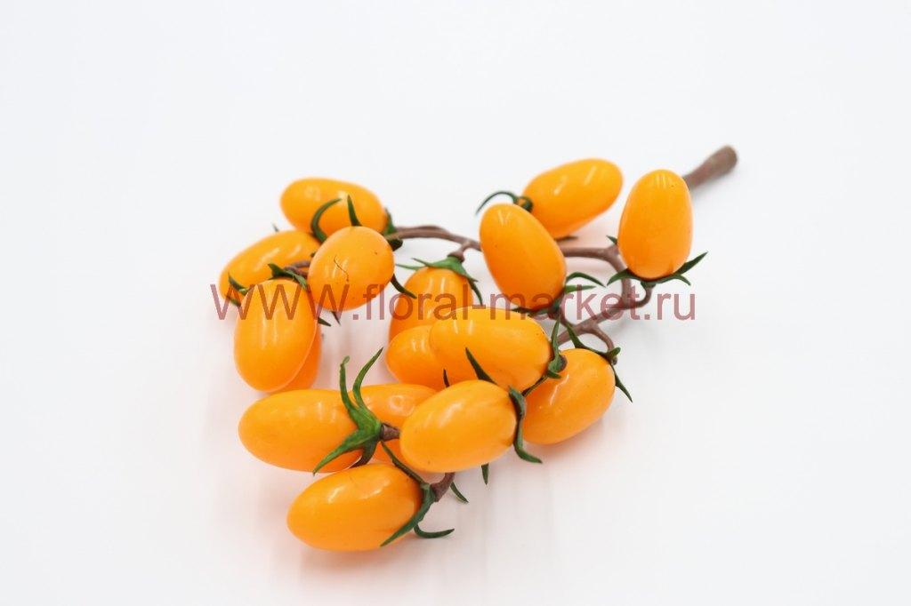 Связка помидор желтые
